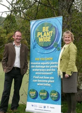 Evironment Minister Rosanna Cunningham with Dr Willby