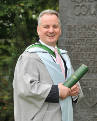 Former First Minister, Lord McConnell, an honorary graduate of the University