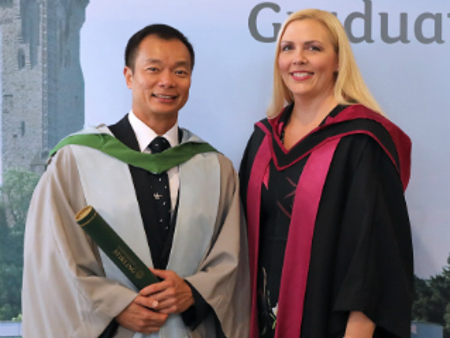 Students and Olympian graduate from University of Stirling in Singapore