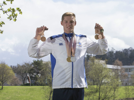 Stirling swimming star Scott leads Team GB to world gold