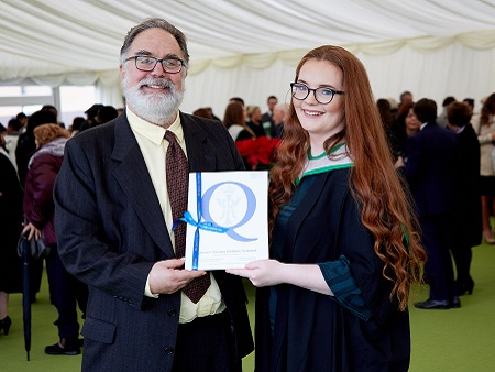 Student awarded top community nursing prize