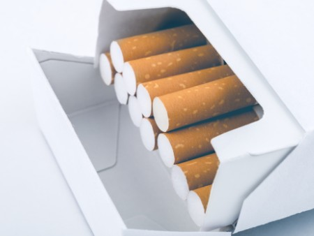 Study reveals impact of plain cigarette packaging warnings