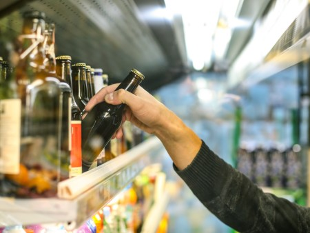 New report reveals impact of minimum unit pricing for alcohol on small retailers